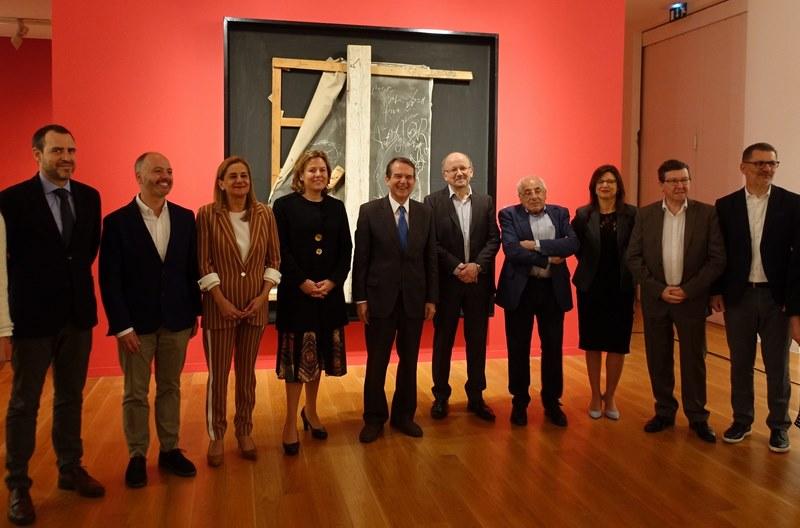 """O MARCO inaugura """"Destacados. Colección Telefónica"""" con obras de Picasso, Magritte, Tàpies ou Chillida"""