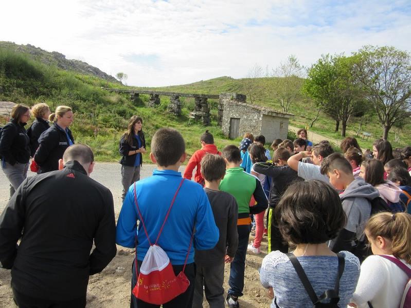 O Obradoiro de Emprego Valmiemprega III realiza unha visita guiada pola Parroquia de Chandebrito