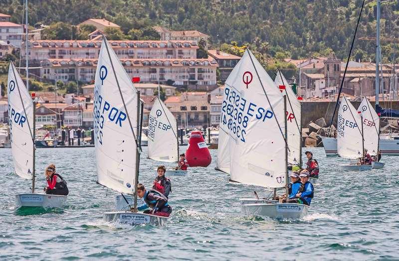 Trofeo Baitra de Vela Infantil, que durante dúas xornadas encherá de velas a baía baionesa.