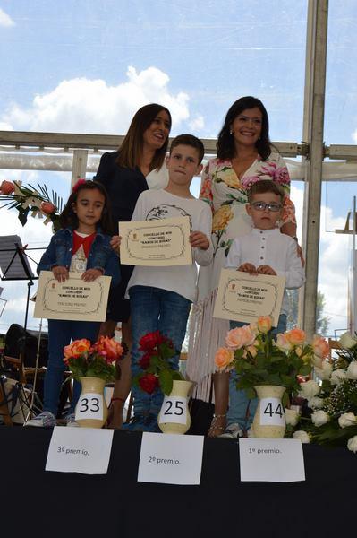 Triunfo infantil no concurso da Festa da Rosa de Mos