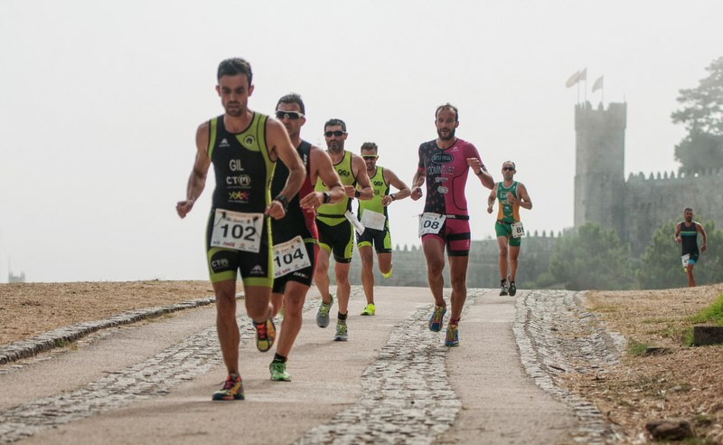 200 atletas poderán participar gratis no Vertiatlón Solidario de Baiona