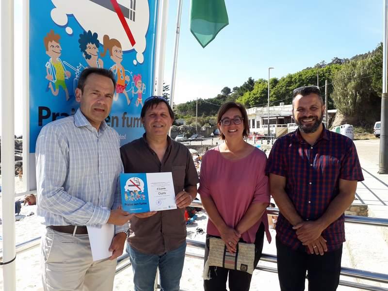 A Guarda recibe o diploma de ouro da Rede galega de praias sen fume