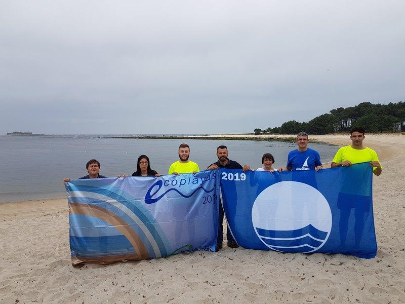"""A praia guardesa de """"O Muíño"""" iza o distintivo de Bandeira Azul"""