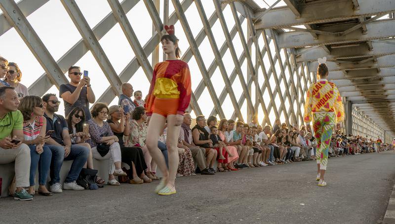 Moda e música se hermanaron na Ponte Internacional Tui-Valença