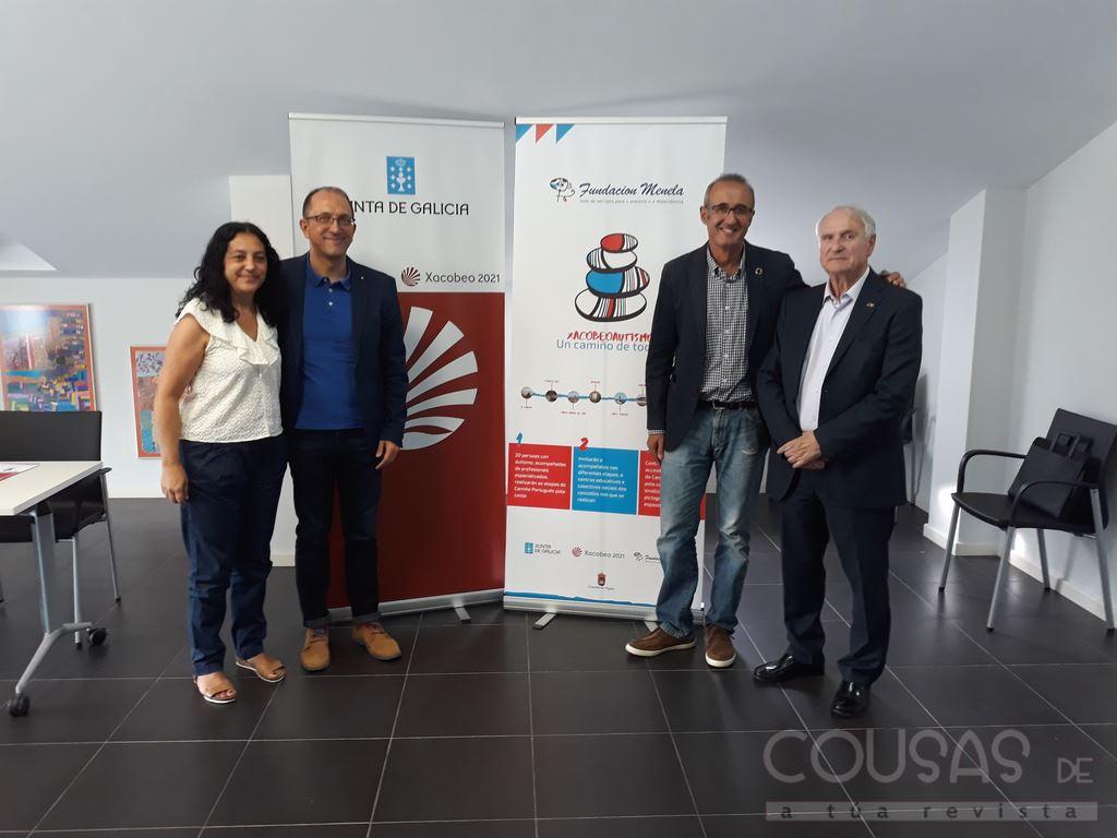 Persoas con autismo da Fundación Menela fan o Camiño Portugués da Costa