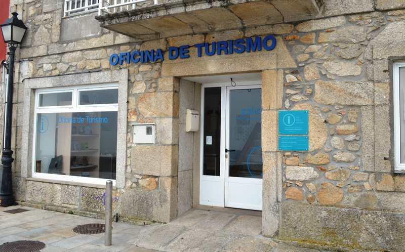 Máis de 8.000 persoas pasaron pola oficina de turismo de Oia neste verán