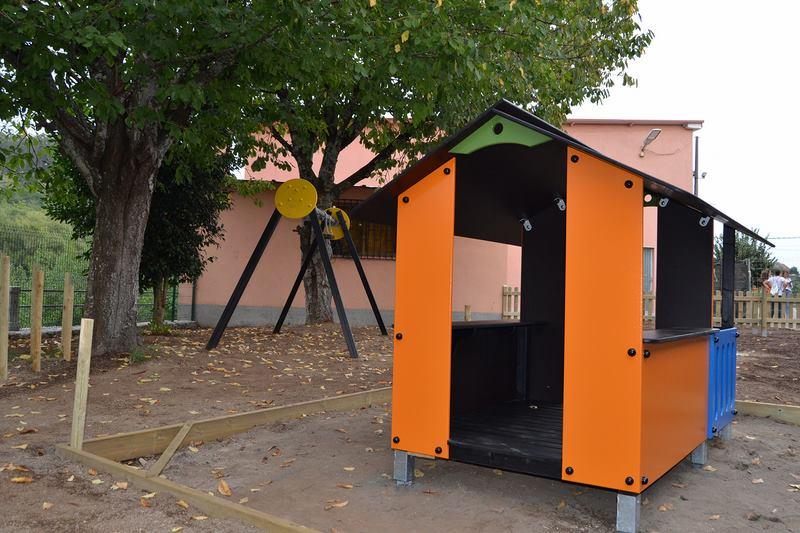 Salceda xa traballa na mellora integral do parque infantil de Barreiro