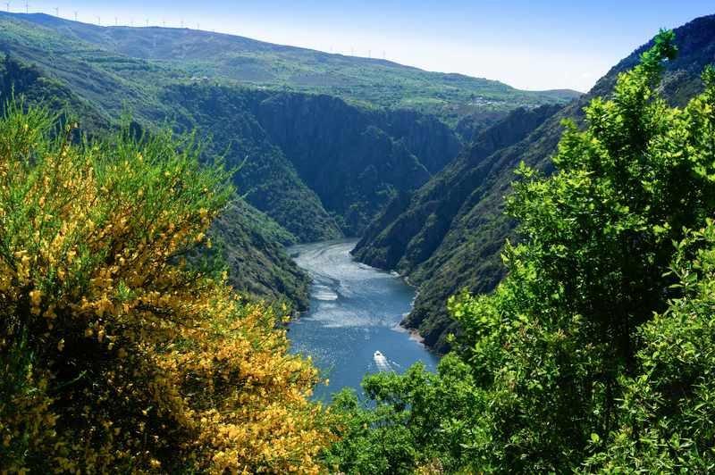 A Xunta subvencionará a 12.800 galegos o 40% das súas estadías turísticas internas