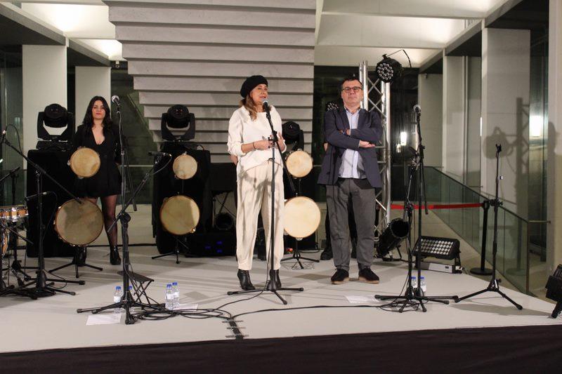 A actuación de Tanxugueiras pon o broche de ouro na clausura da Exposición 'Galaicos' no Museo de Pontevedra