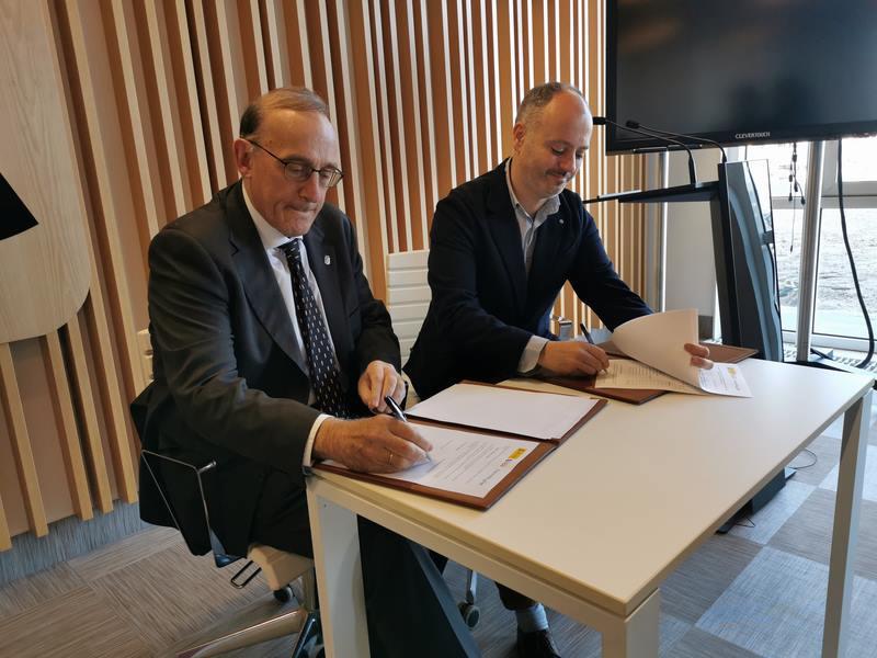 Zona Franca e a Universidade de Vigo asinan un novo acordo da Cátedra ARDÁN para estudar o impacto do factor humano nas empresas