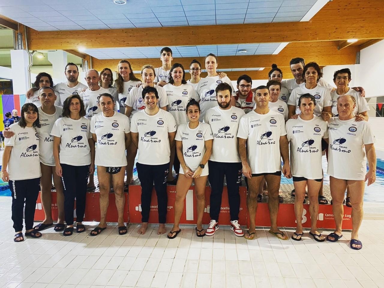 As nadadoras do equipo feminino do Club Natación Ponteareas categoría Máster proclámanse campioas galegas de inverno