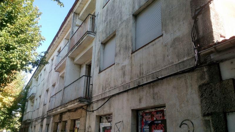 O Goberno de Redondela solicitará a desafectación das «vivendas dos mestres»
