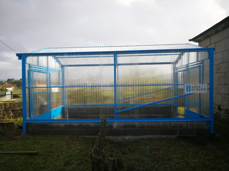 Instalan no Colexio Rural Agrupado de Tomiño un invernadoiro para formar os escolares en horta ecolóxica