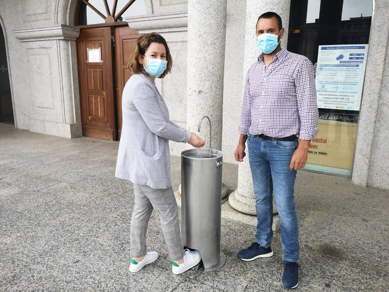 Salvaterra instalará nas rúas dispensadores de xel desinfectante