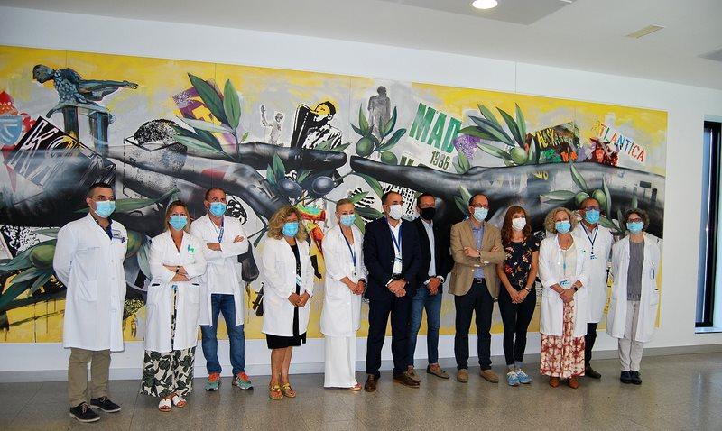 O Hospital Álvaro Cunqueiro acolle a obra que a artista Lula Goce realizou para os premios da Cultura Galega