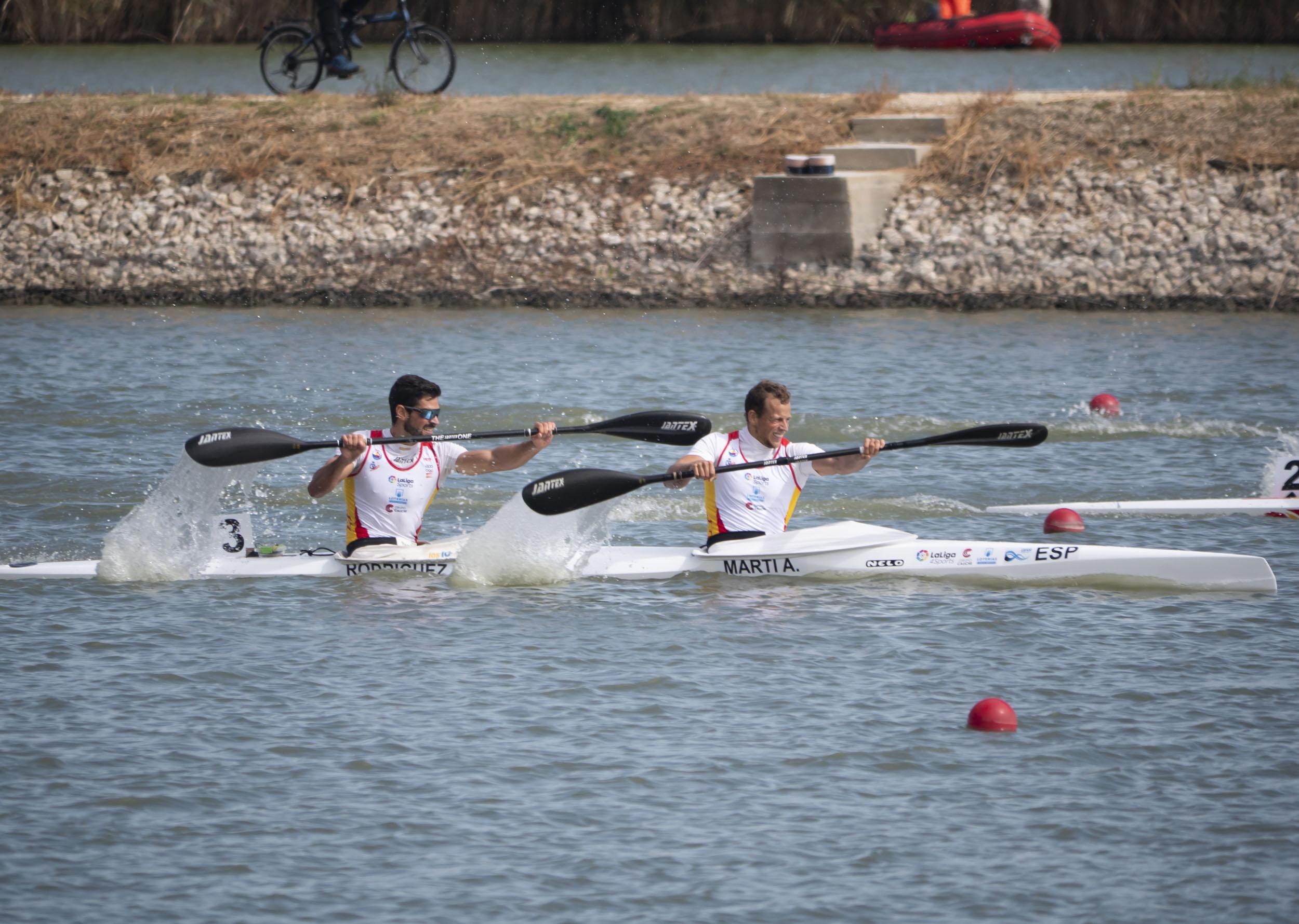 Albert Martí e Roi Rodríguez do Kayak Tudense oro na Copa do Mundo de Hungría