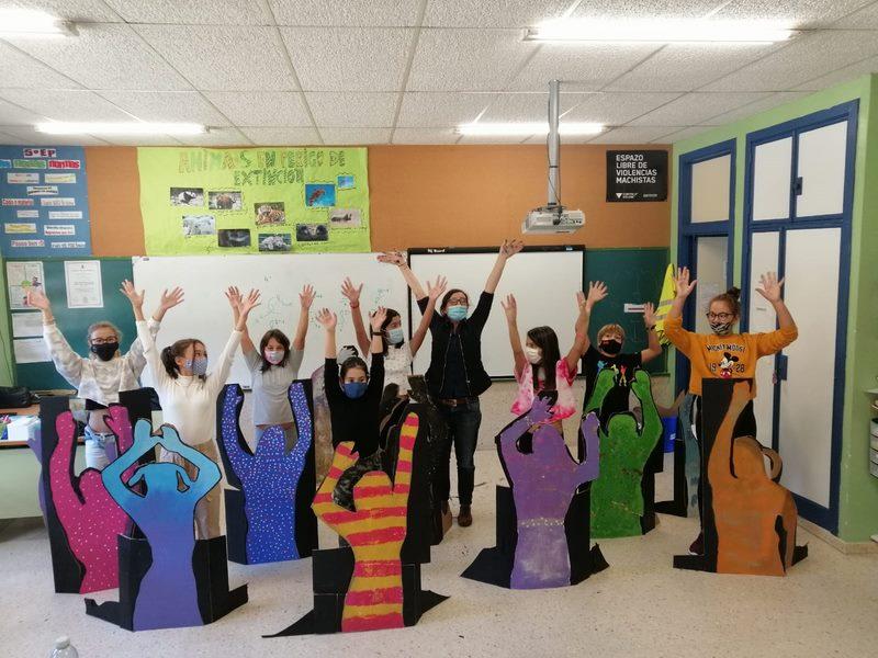 """Igualdade de Baiona poñen en marcha nos centros educativos o proxecto """"Non Cales"""""""