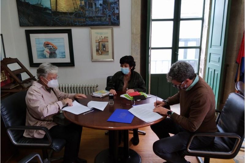 O Concello de Baiona asinan por primeira vez un convenio de colaboraciónAsociación Avelaíña