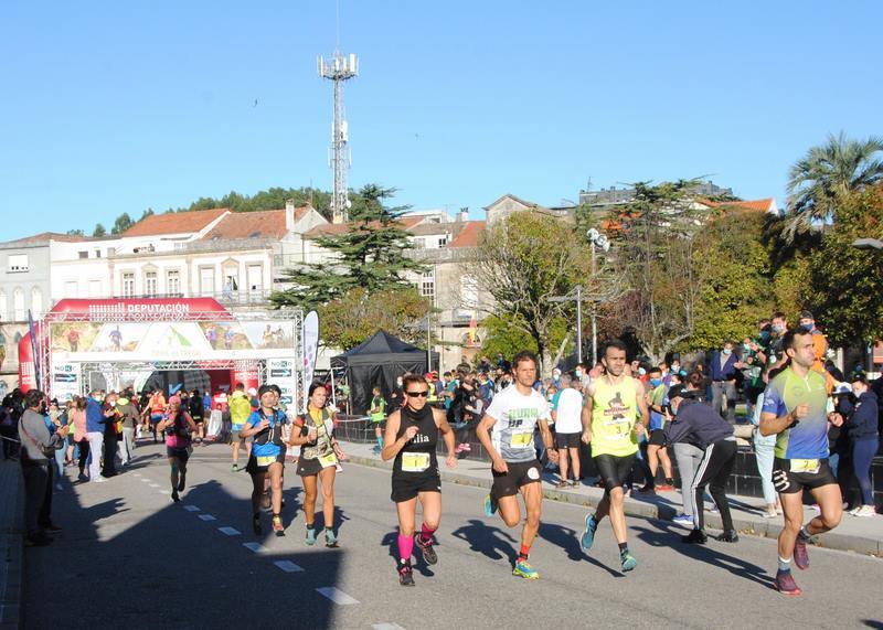 Adrián Rodríguez e Eva Piñel gañan o trail do trega na volta ao atletismo de Julia Vaquero