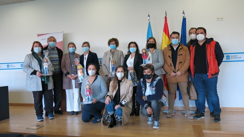 Estudantes de Pontevedra renden unha homenaxe literaria ás Bravas do Mar
