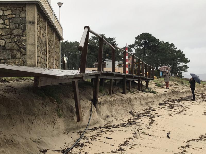 O Alcalde da Guarda urxe ás administracións a actuar de maneira definitiva para evitar o deterioro do litoral na desembocadura do Río Miño