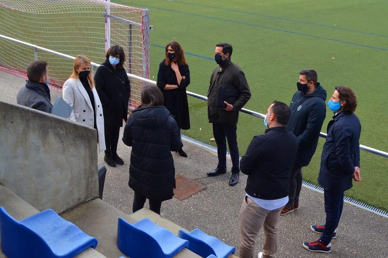 A Fundación La Caixa e a Escola de Futbol Denis Suárez, xuntas polo deporte e a infancia