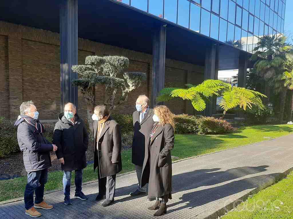 Zona Franca cede á Universidade de Vigo o edificio de López Moura para exames presenciais