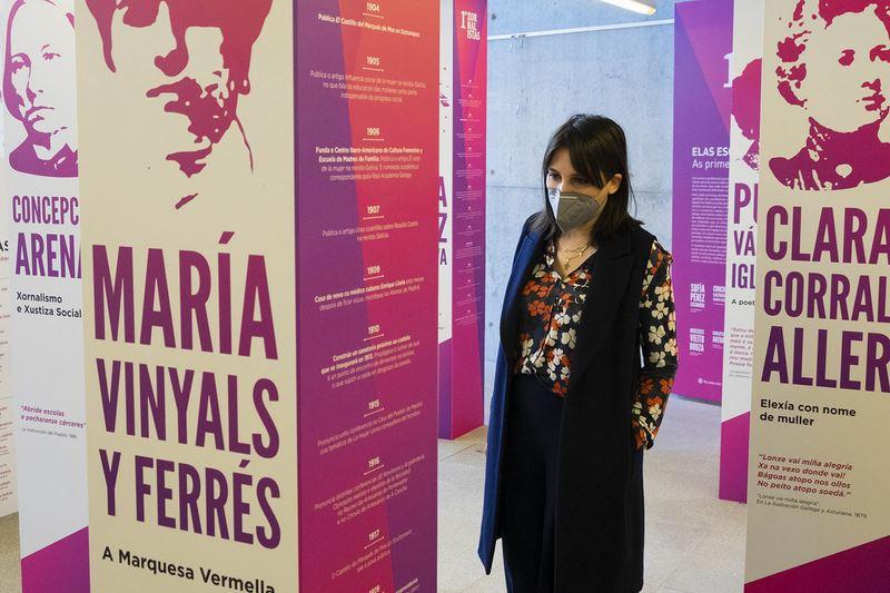 Chega a Santiago 'As primeiras xornalistas' unha mostra para lembrar ás pioneiras da loita pola equidade laboral