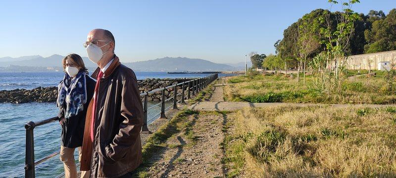 Porto de Vigo defende en Cangas a urxencia de arranxar os danos do paseo de O Salgueirón