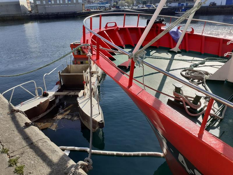 Porto de Vigo pon a proba a súa capacidade de resposta nun simulacro de emerxencia por contaminación mariña