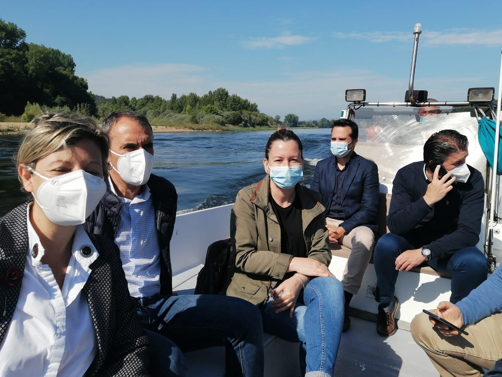Os municipios raianos avalían a viabilidade da futura ruta turística fluvial do Río Miño Internacional