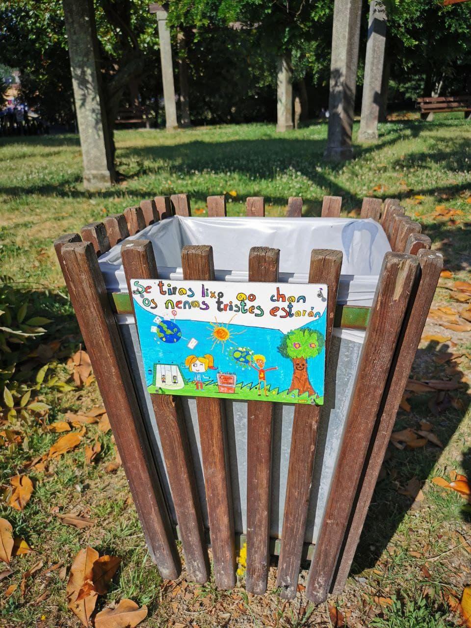 Gondomar lembra a importancia de recoller o lixo coas mensaxes do alumnado do CEIP Donas