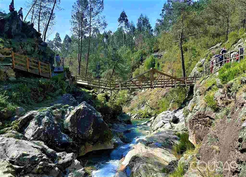 Unha ruta de sendeirismo unirá as parroquias de Burgueira e Loureza no municipio de Oia