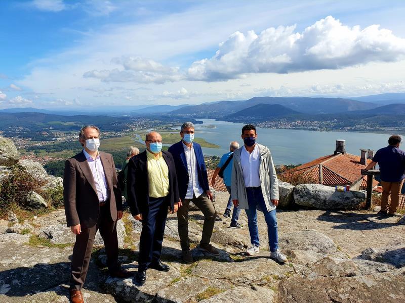 A Xunta deseña a mellora dos 156 miradoiros catalogados da provincia de Pontevedra para aumentar o seu valor paisaxístico