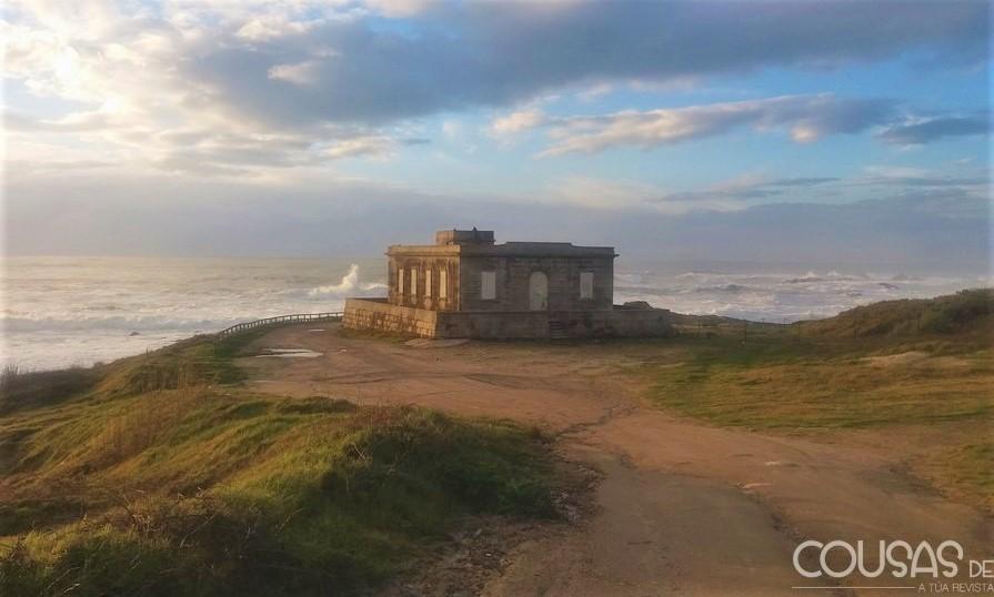 O faro de Cabo Silleiro pode converterse nun hotel