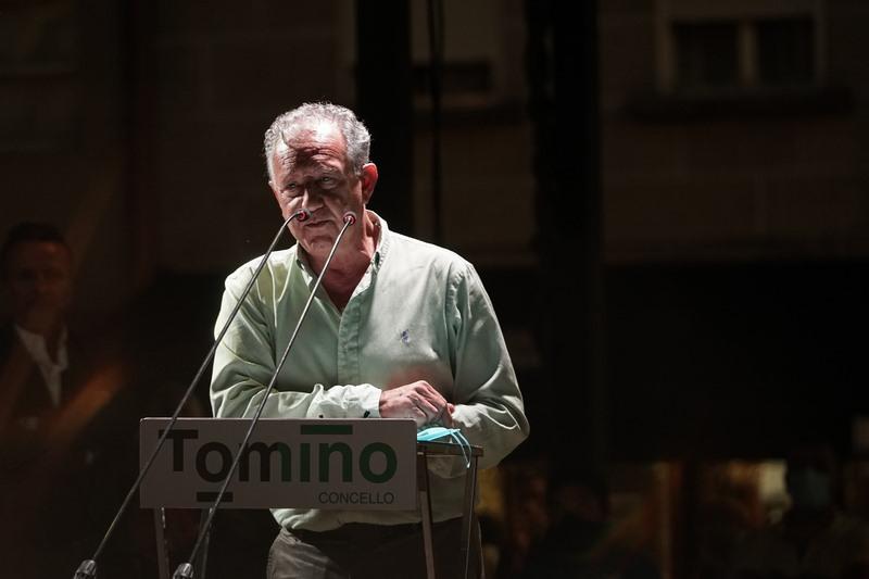 Tomiño rende homenaxe a Suso Montero pola súa implicación social e humana na vida do municipio