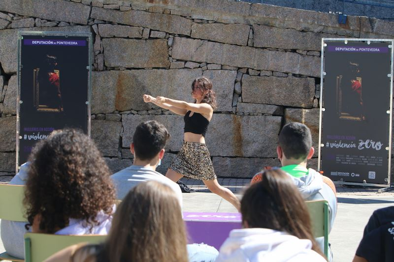 """Xiana Vilas válese da danza para reforzar a soronidade e visibilizar a fortaleza das mulleres na acción de """"Violencia Zero"""" en Salvaterra"""